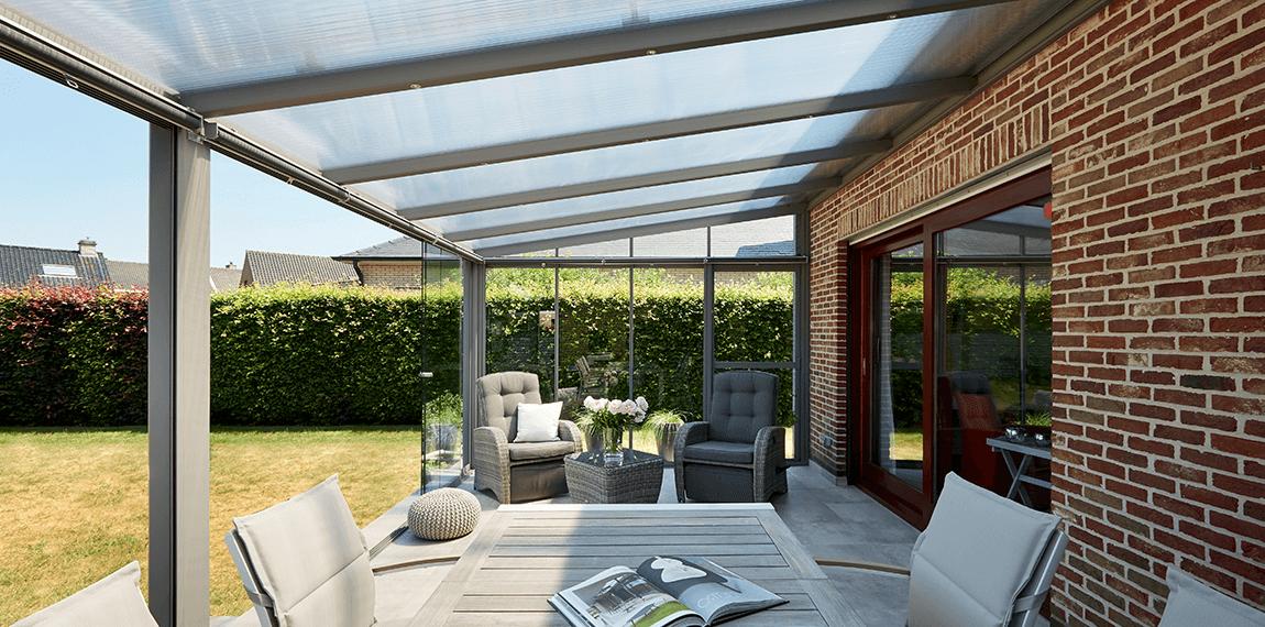 Comment éclairer une terrasse couverte?